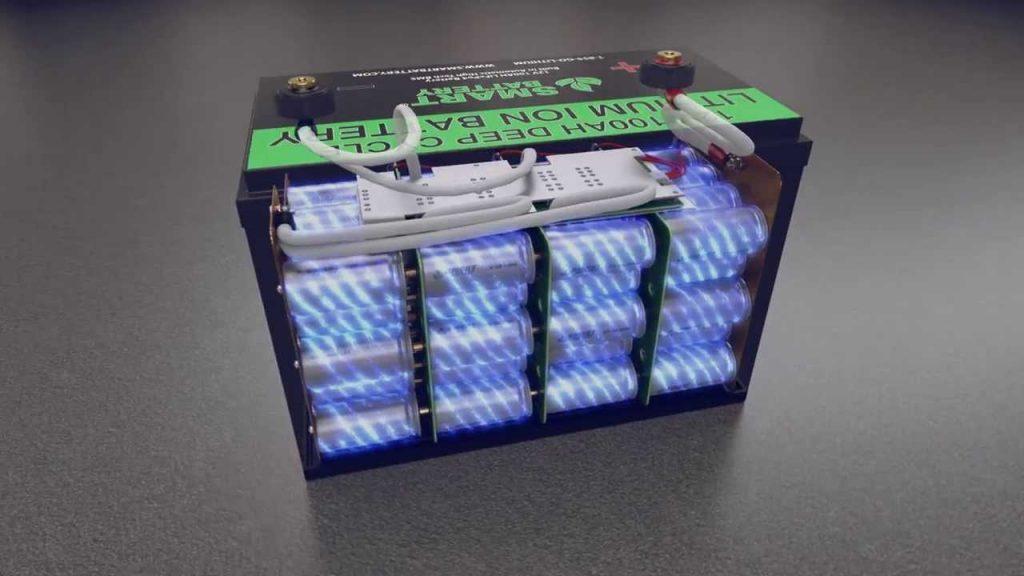 vue interieure d'une batterie lithium 12v