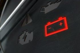 Top 5 des causes qui endommagent une batterie de voiture prématurément